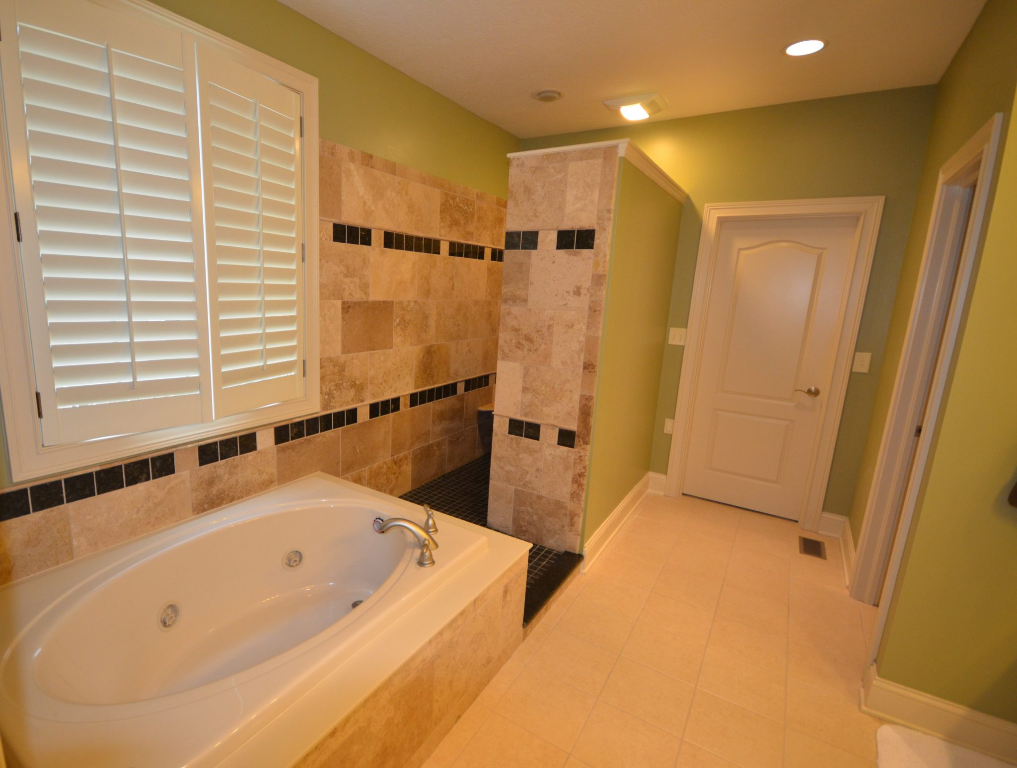 Bathroom remodeling pick acrylic to do the trick for D i y bathroom renovations