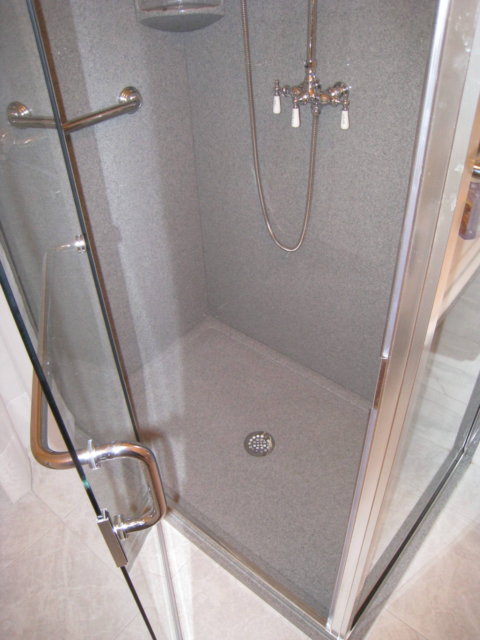 Bathroom Remodeling Made Easy: Wall Systems 20100329 019 225x300