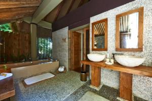 Preparing Your Guest Bathrooms-30246071_l-300x200
