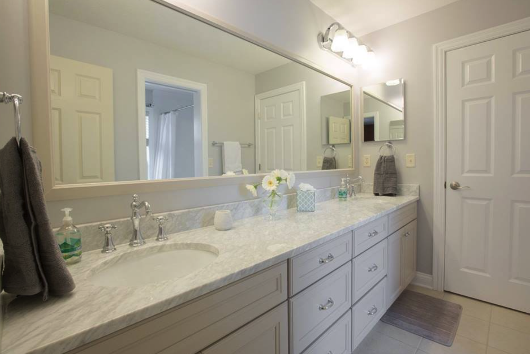 Bathroom remodeling tips luxury bathroom remodeling for Bath remodel in one day