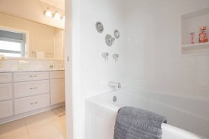 Tips For Organizing Your Bathroom This September-1915804_10153509212854811_6628373004411930840_n-300x200