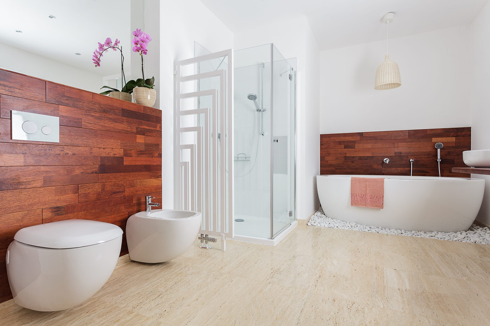 Benefits Of Choosing Shower Doors
