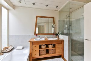 What To Look For When Choosing The Best Bathroom Contractor-How-to-choose-the-best-bathroom-contractor-Luxury-Bath-June-2017-300x201