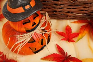 How to Decorate for Fall-autumn-21453_1280-300x200