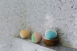Hot Trends With Bathroom Accessories-bathroom-2562370_1280-300x200