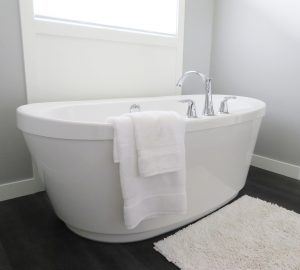 How To Decide When To Upgrade Your Bathroom?-bathtub-2485957_1280-300x270