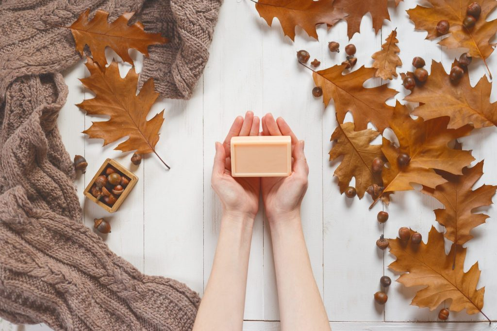 How to Decorate Your Bathroom for Fall-shutterstock_750019069-1024x683