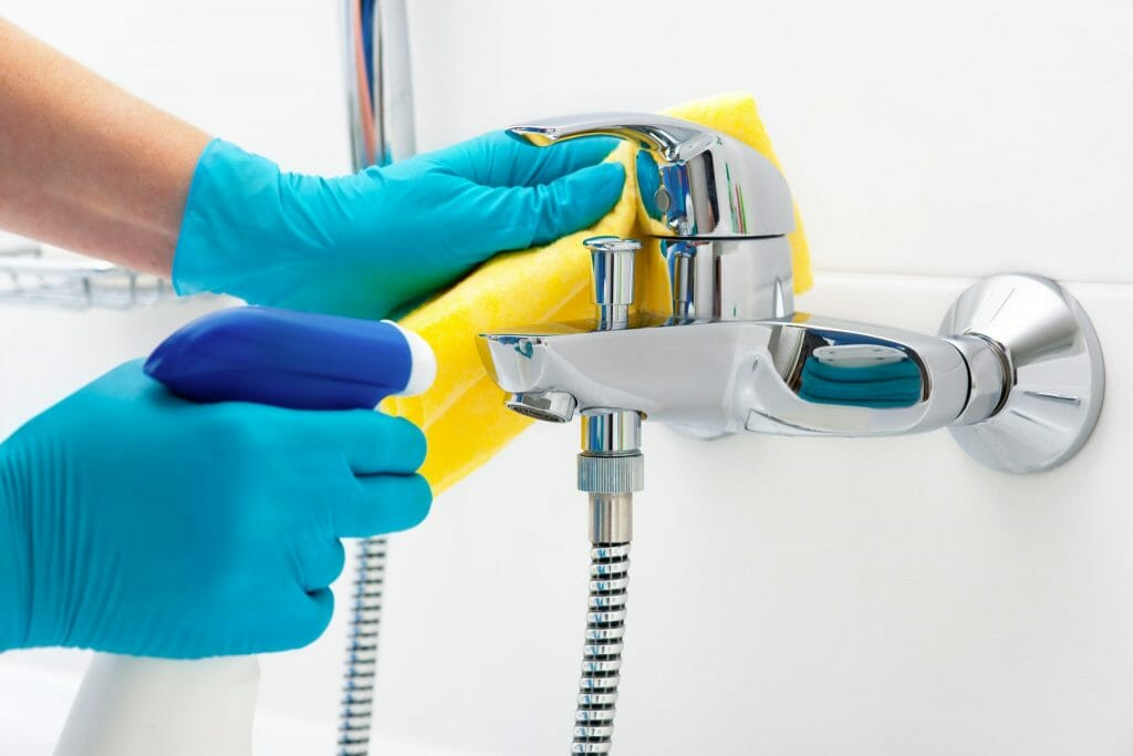 Spring Cleaning Tips for Your Bathroom-shutterstock_211322866-1-1024x683