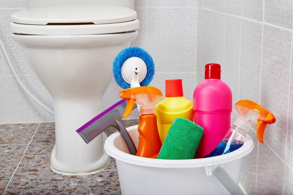 Spring Cleaning Tips for Your Bathroom-shutterstock_652026637-1024x683